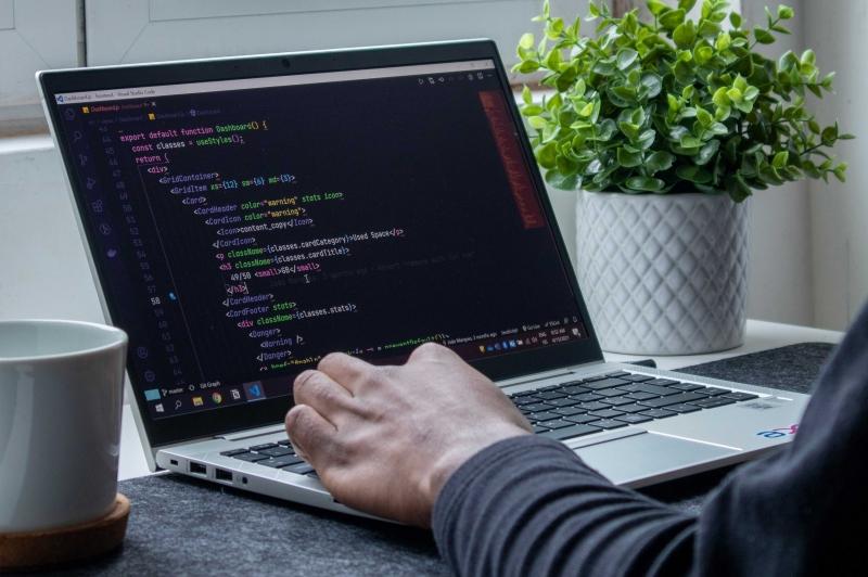 Cerchiamo Web Developer